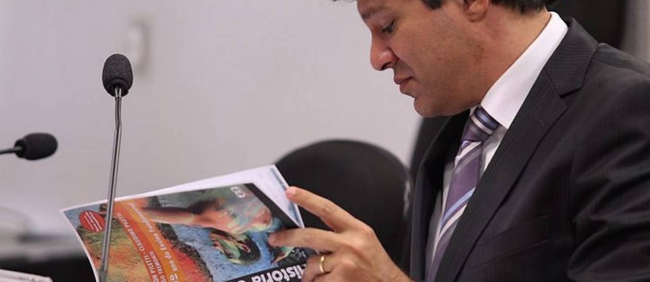 O ministro da Educação, Fernando Haddad, em audiência hoje na Câmara - Foto de André Coelho