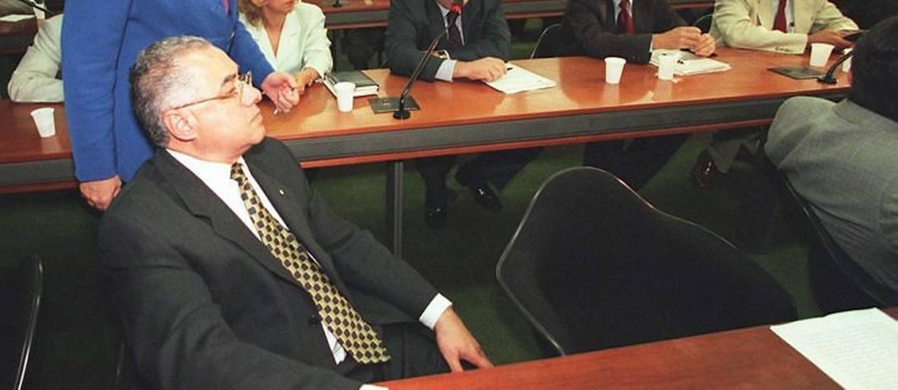 Ex-deputado Jairo Carneiro em comissão da reforma do Judiciário. Foto: Ailton de Freitas (1999)