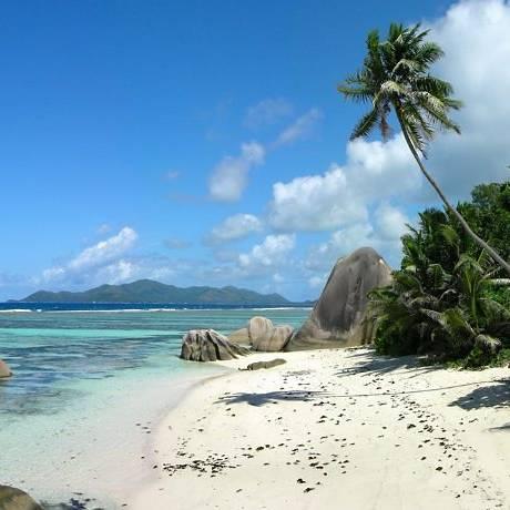 Seicheles, o paradisíaco arquipelágo no Índico, é um dos possíveis destinos do príncipe William e Kate Middleton.