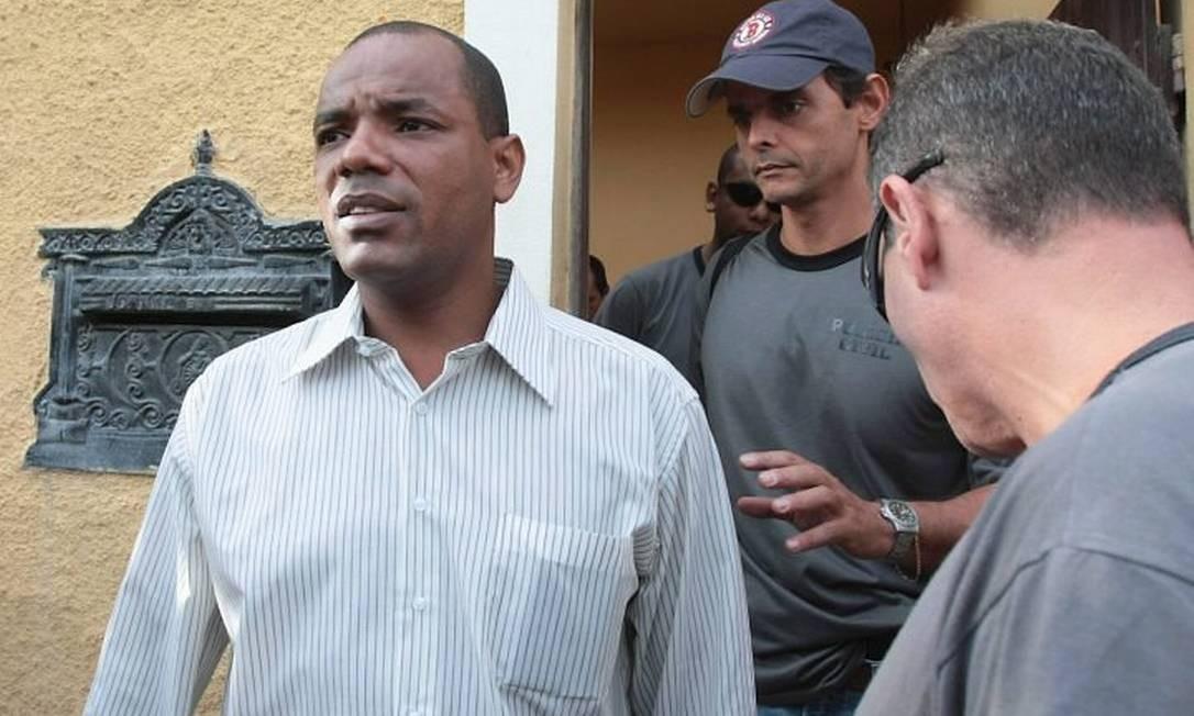 Vereador Deco foi preso na manhã desta quarta-feira, numa operação da Polícia Civil contra milícias Foto: Bruno Gonzalez - Extra
