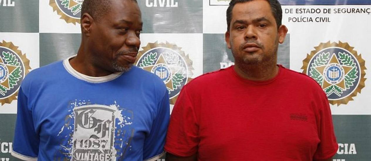 Os suspeitos apresentados neste sábado. Foto: Simone Marinho Agência O Globo