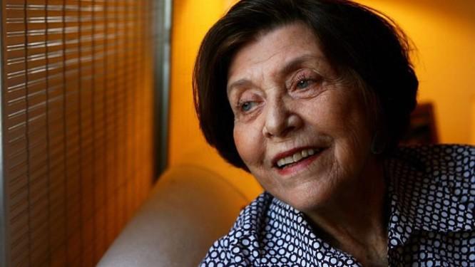 A empresária artística Lea Millon em foto de 2007 Mônica Imbuzeiro - Ag O Globo