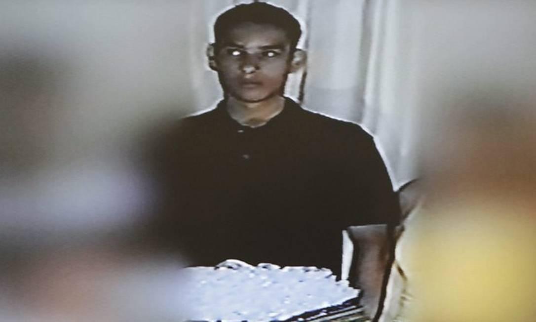 Imagem do assassino Wellington Menezes de OliveiraReprodução da TV