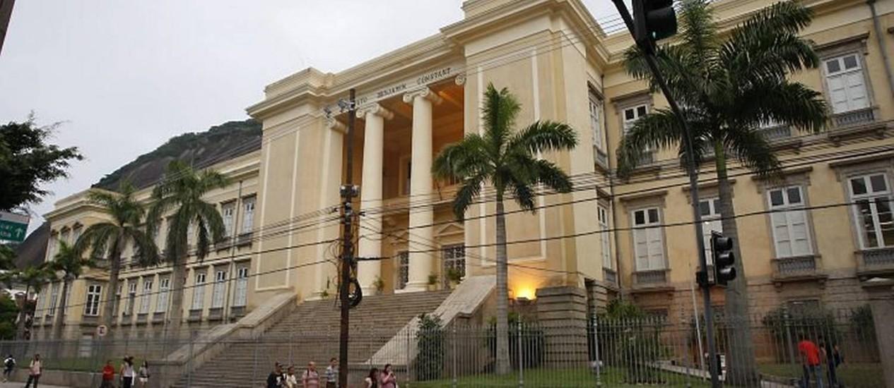 Instituto Benjamin Constant, especializado no ensino para deficientes visuais, na Urca (Foto: Domingos Peixoto Agência O Globo)
