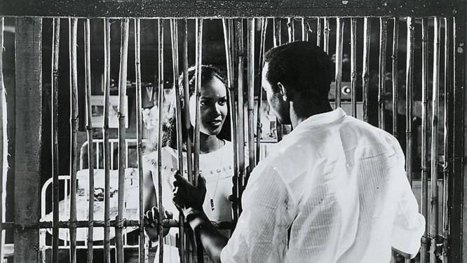 OBAMA, que em sua autobiografia cita 'Orfeu negro' , em vez de ir às comunidades onde o filme foi rodado vai à Cidade de Deus