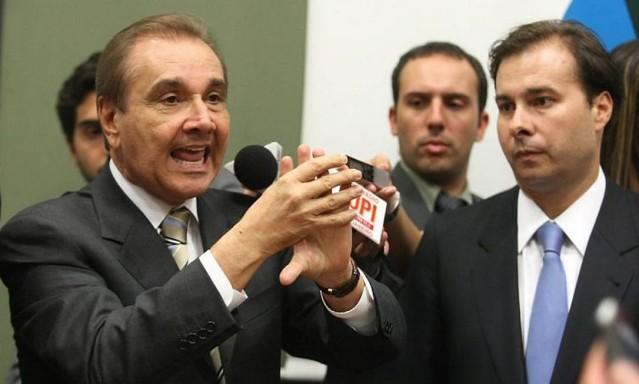 Resultado de imagem para AGRIPINO E RODRIGO MAIA