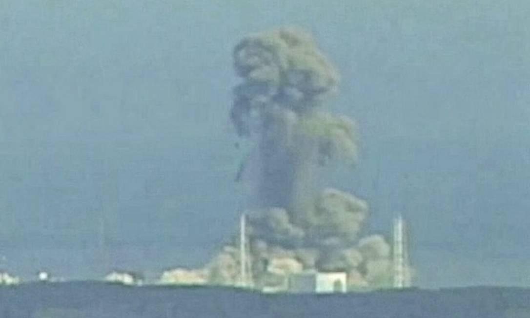 Explosão aconteceu no reator 3 do complexo nuclear de Fukushima - Foto: Reuters