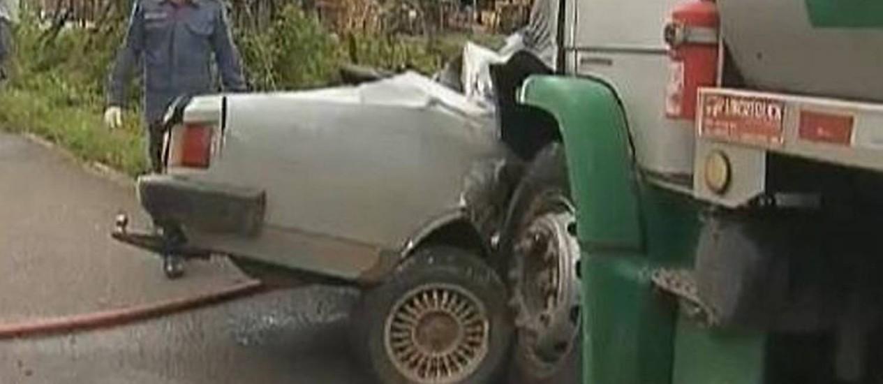 Acidente na BR-381 matou casal e filha de 15 anos em Minas Gerais - Reprodução TV Globo Minas