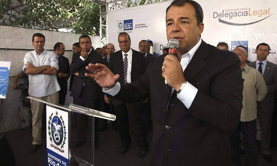 Cabral inaugura delegacia legal em Ricardo de Albuquerque - Divulgação Carlos Magno