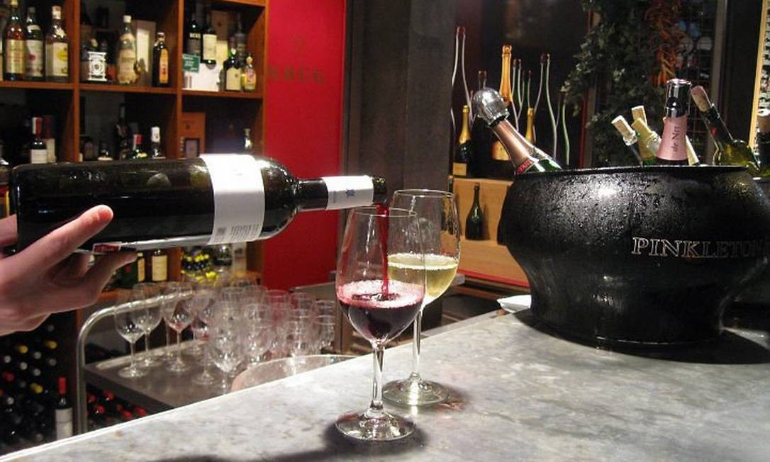 Na loja da Pinkleton Wine, a melhor seleção de vinhos, com rótulos de diversas partes do mundo Foto: Eduardo Maia