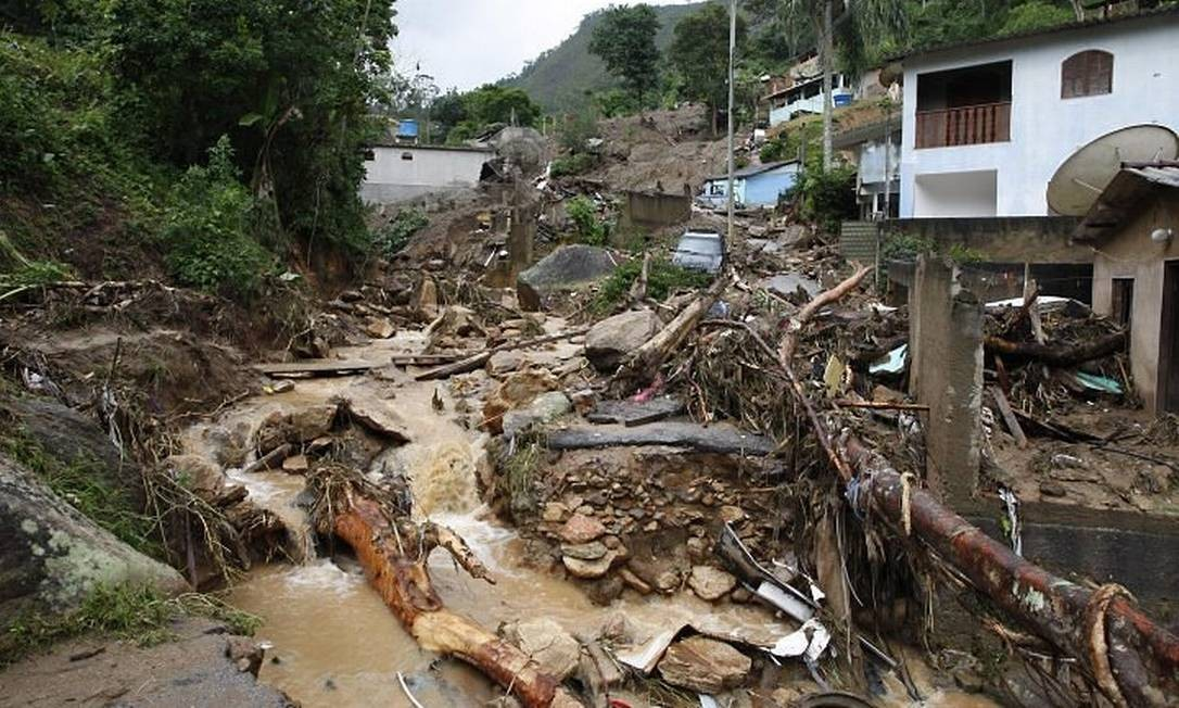 Poço dos Peixes, Teresópolis (Foto: Domingos Peixoto Agência O Globo)