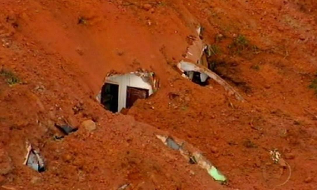 Chuva atinge Região Serrana (Foto: Reprodução TV Globo)