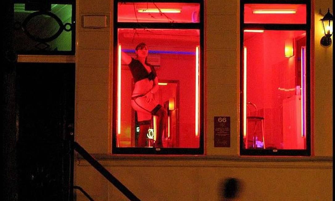 Bairro da luz vermelha de Amsterdã Reuters