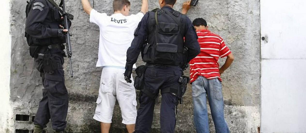 Agentes do Bope no Morro São João. Foto de Pablo Jacob