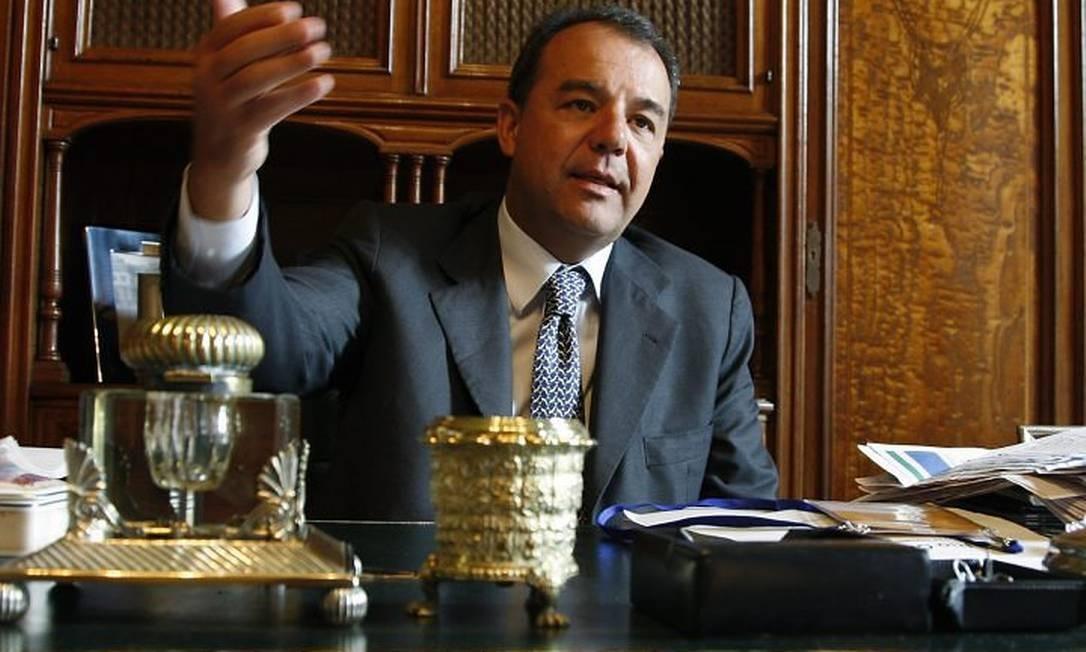 Governador Sérgio Cabral, no Palácio Laranjeiras. Foto Simone Marinho Agência O Globo