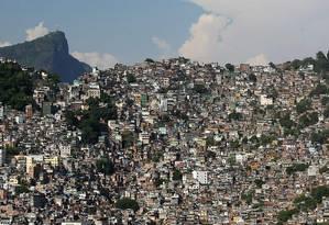 A acessibilidade é um dos maiores problemas da Rocinha, uma as maiores favelas do Rio (Foto de 2009: Márcia Foletto Agência O Globo)