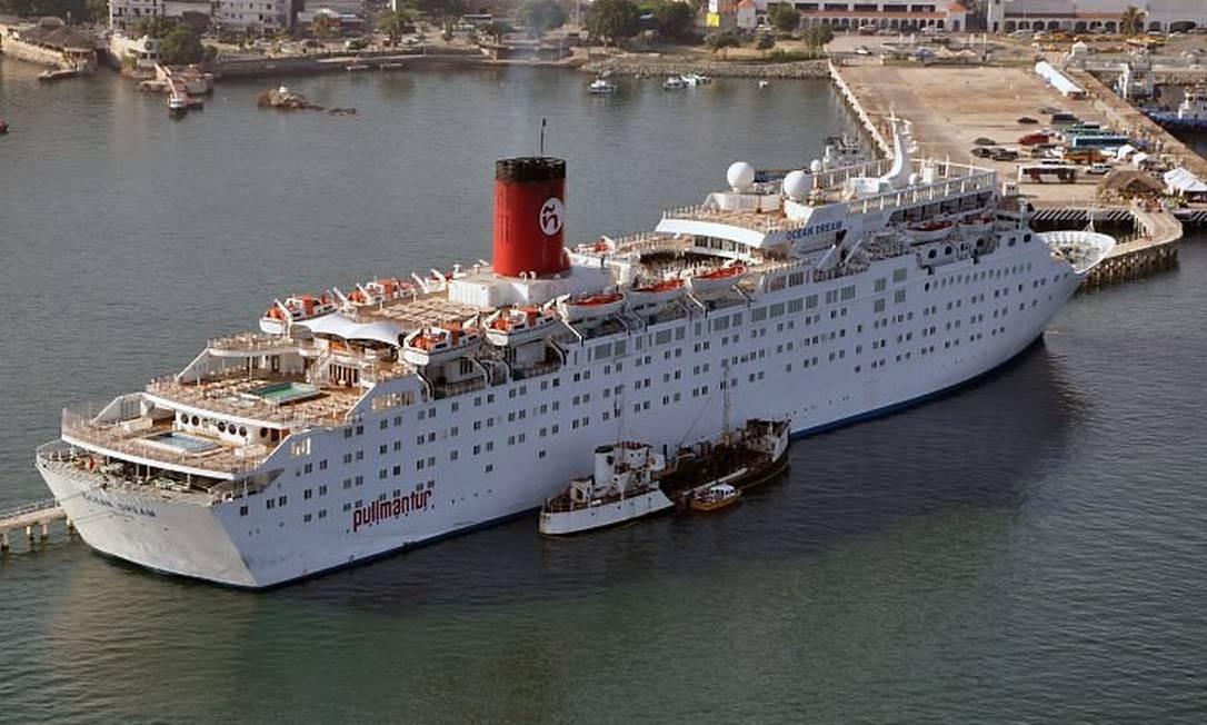 O navio Ocean Dream, que fará cruzeiros para Fernando de Noronha neste verão: mais 700 turistas por dia Foto: Divulgação