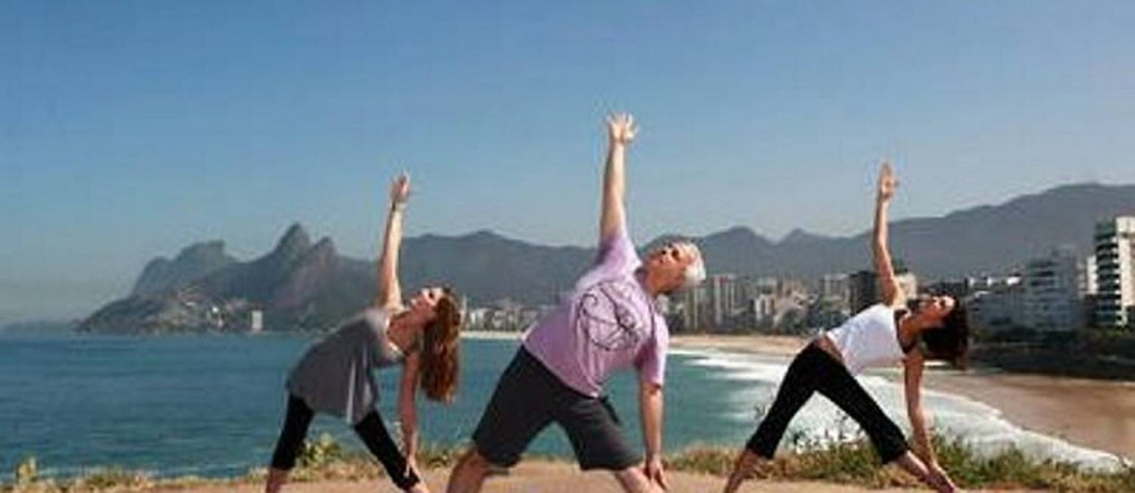 Ioga melhora força, equilíbrio, resistência e acalma. Foto: Carlos Ivan