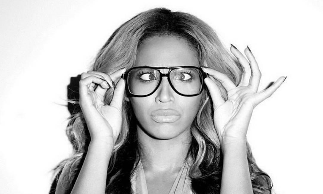 Beyoncé faz careta para o fotógrafo Terry Richardson Foto: / Reprodução