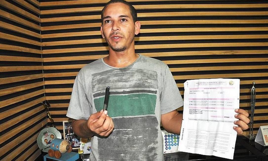 Issac Ferreira, de 28 anos, foi retirado de sala porque estava com uma caneta que não era transparente Foto de Efrém Ribeiro