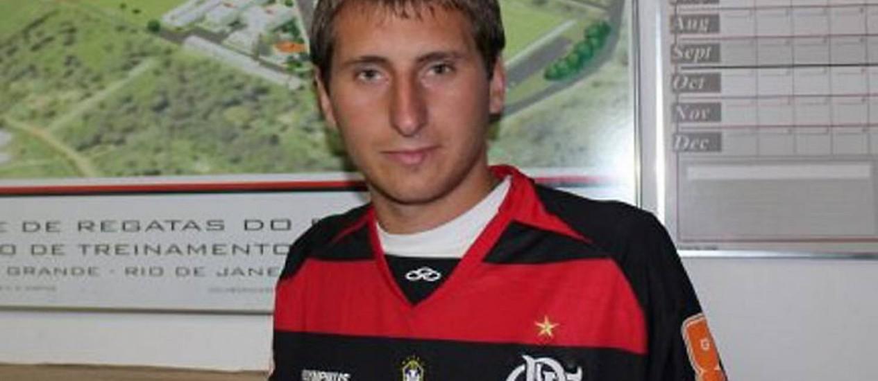 http://og.infg.com.br/in/2905844-f10-1d6/FT1500A/550/Bottinelli-conversou-com-Montillo-antes-de-assinar-com-o-FlamengoReproducao.jpg