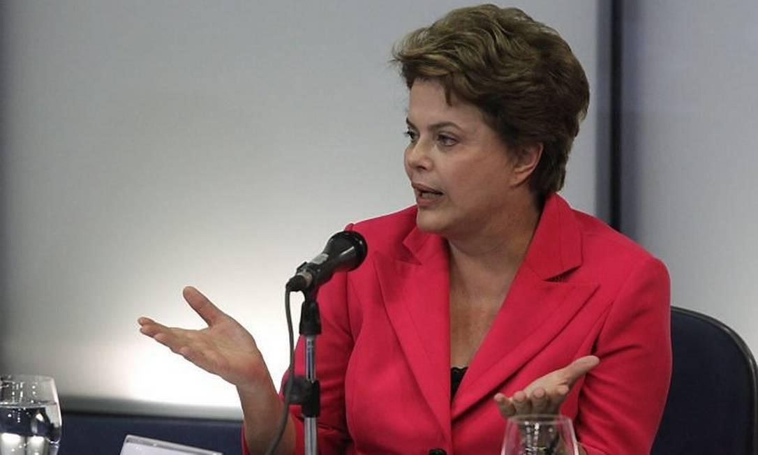 Dilma em reunião de transição Foto: André Coelho