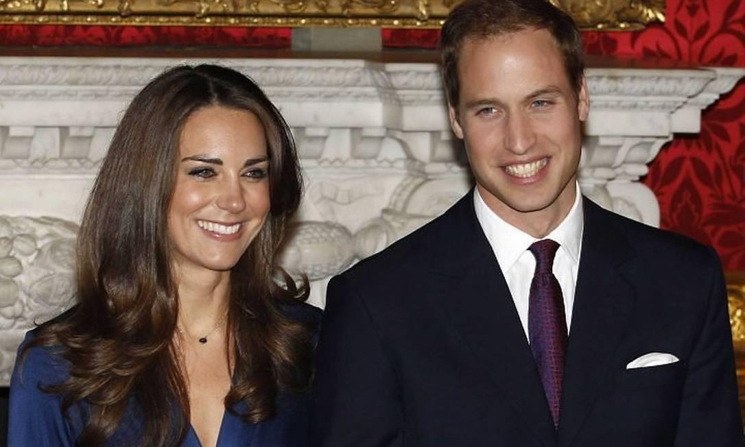 William e Kate na primeira aparição após o anúncio AP