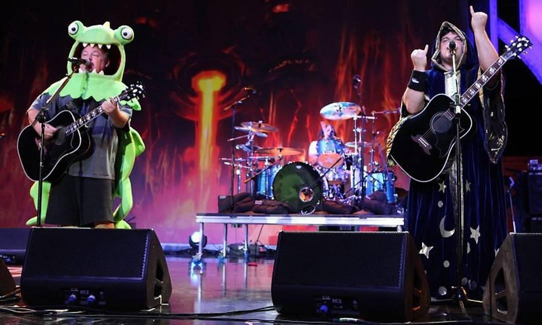 Kyle Glass e Jack Black, o Tenacious D, com sua mistura de rock e humor Crédito: Divulgação