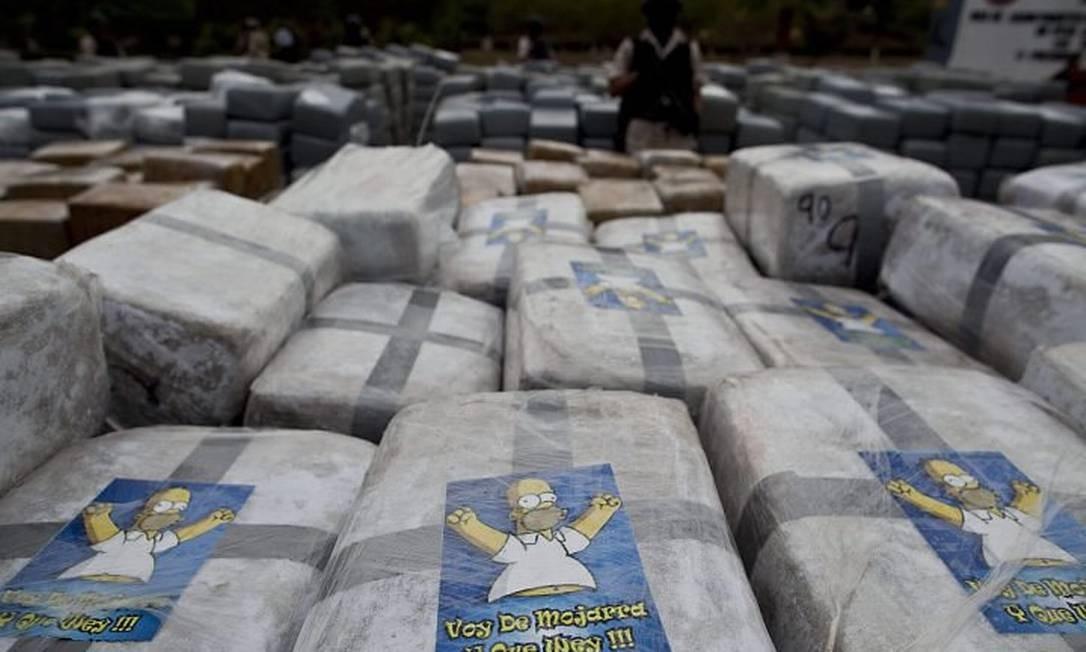 Maconha embalada com selo de Homer Simpson no México - AP