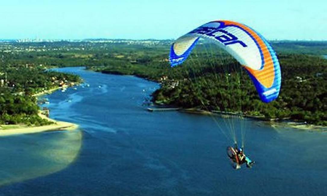 18c530741 Expedição de paramotor rastreia as belezas do Pantanal - Jornal O Globo