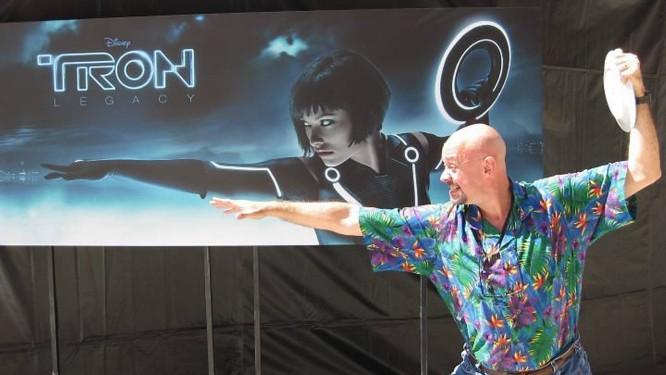Repórter da Revista Digital, em evento do filme Tron: Legacy Crédito: Carlos Alberto Teixeira