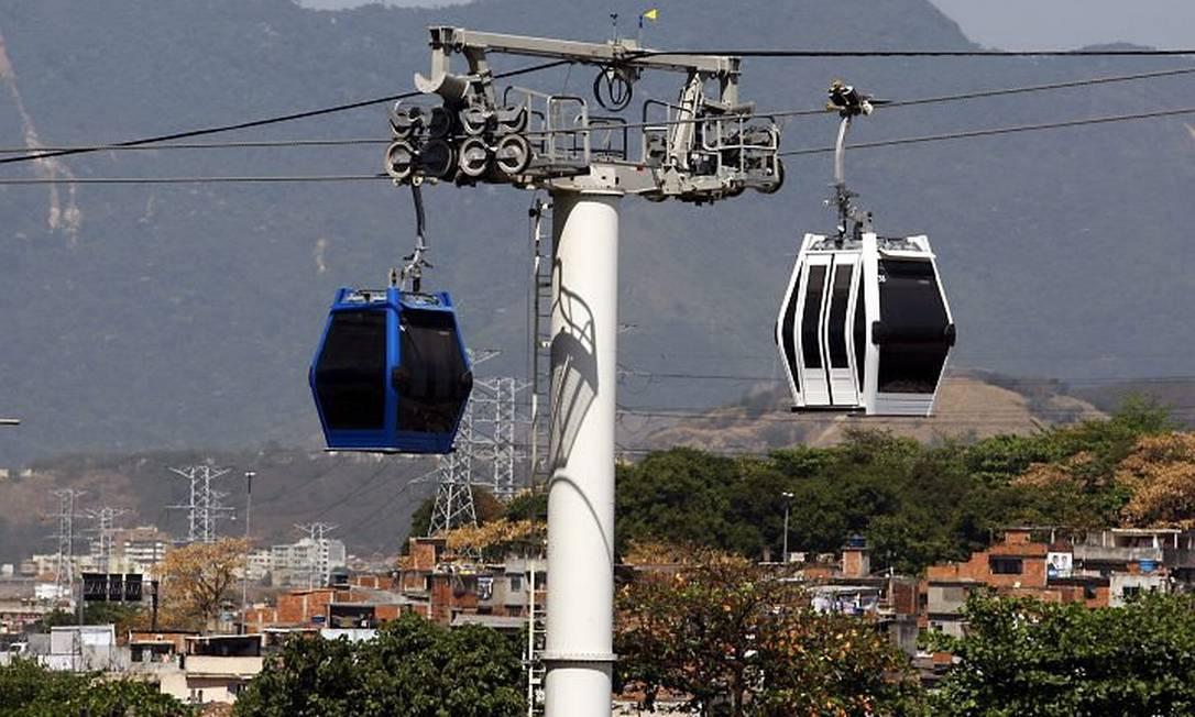 Gôndolas foram projetas para transportar dez pessoas por vez. Foto: Marcos Tristão - O Globo