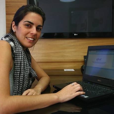 Rochele Saldanha utiliza o Orkut desde 2004: 'Atualmente não procuro muito as pessoas, mas informações em geral, como músicas e eventos' Hudson Pontes