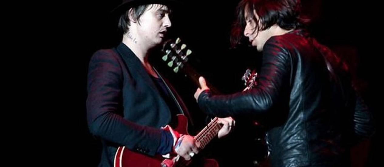 Pete Doherty e Carl Barât, do grupo The Libertines reprodução 'NME'