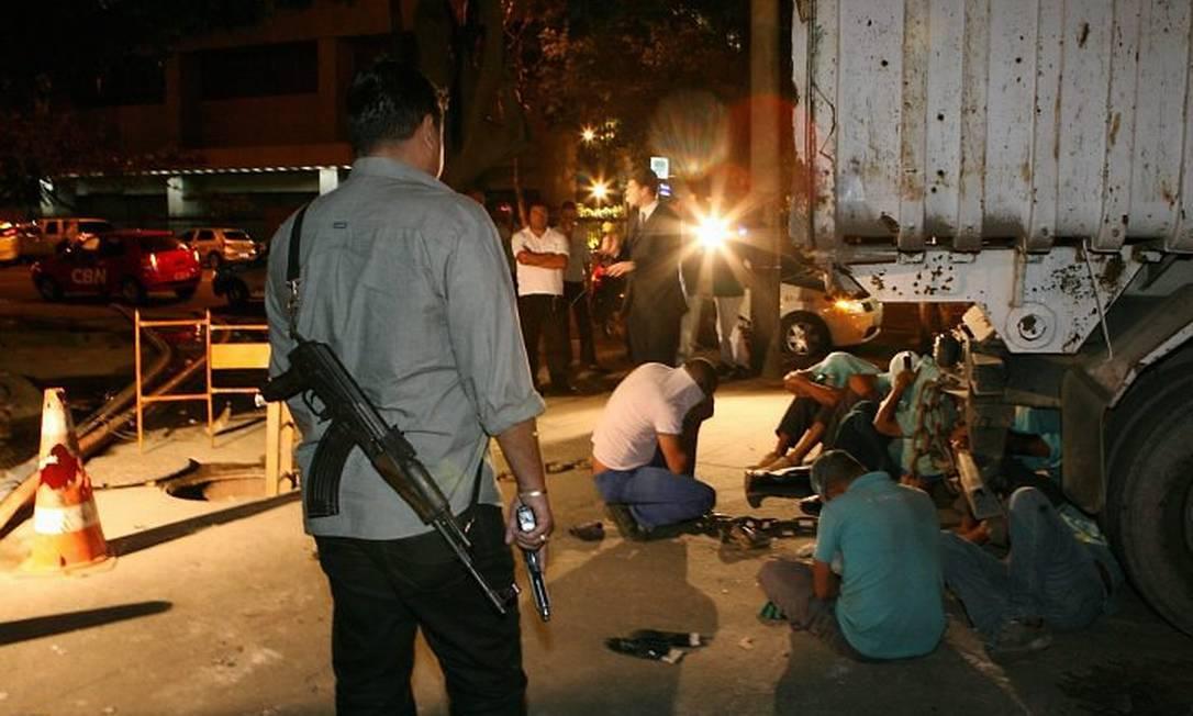 Polícia Civil prende bando que furtava cabos de fibra ótica Foto: Berg Silva