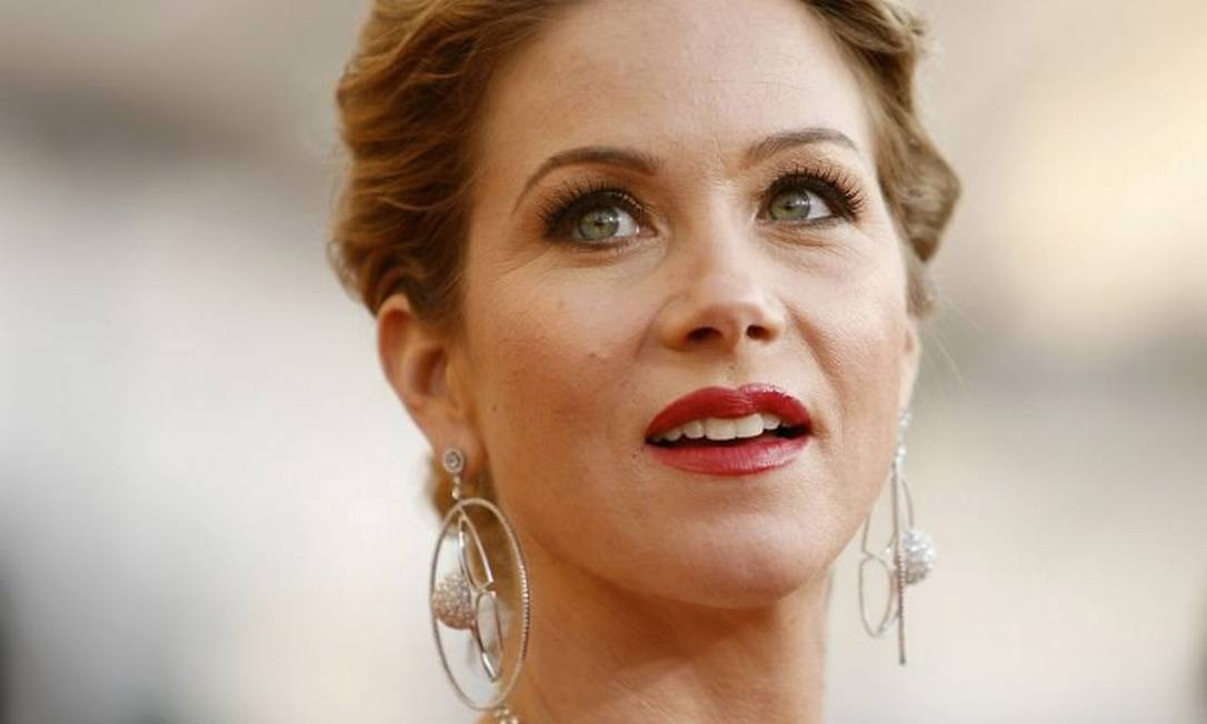 A atriz Christina Applegate de 'Samantha who?' Reuters
