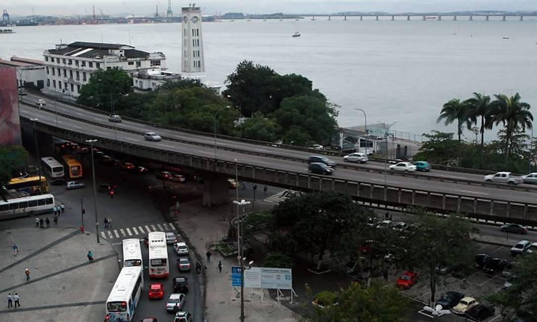 Trecho do Elevado que irá abaixo, mas somente após a custrução de mergulhão Hudson Pontes - O Globo