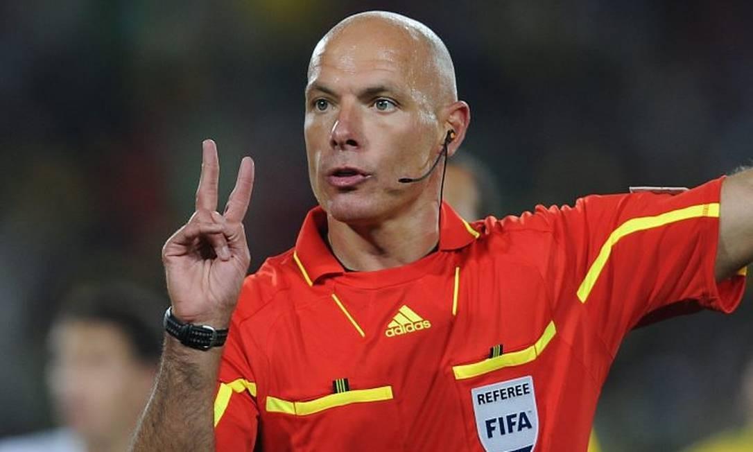 Inglês Howard Webb vai apitar a final da Copa do Mundo entre Holanda e Espanha