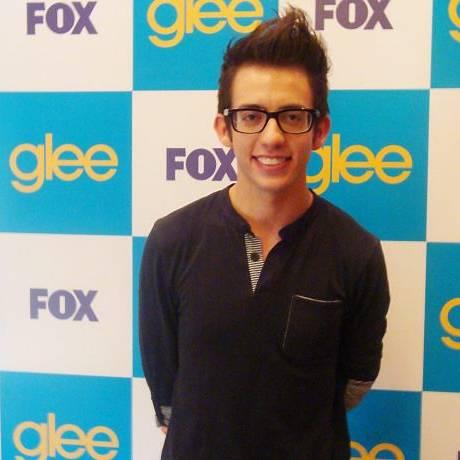 O ator Kevin McHale, o Artie de 'Glee' - Foto Divulgação