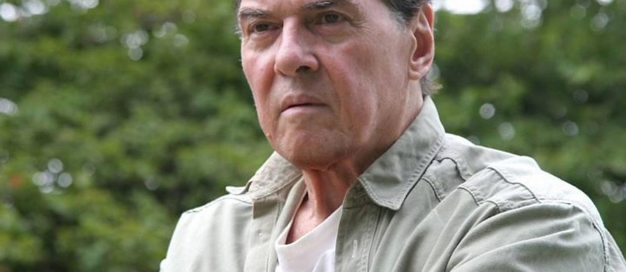 O poeta Roberto Piva Divulgação