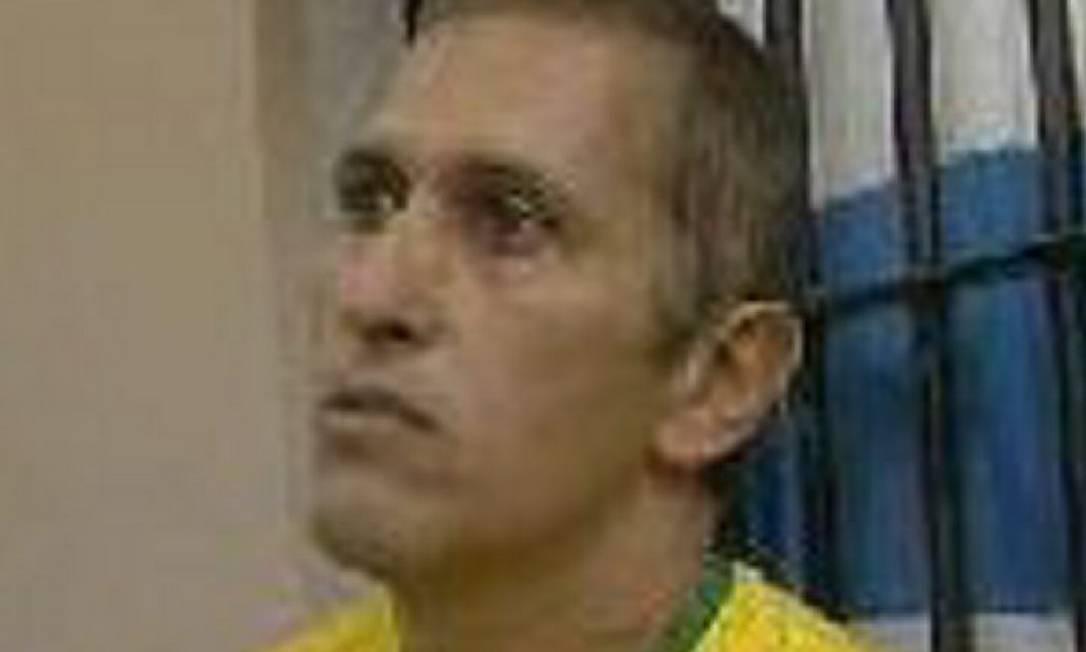 Motorista de um guincho foi parar atrás das grades, bem na hora do jogo do BrasilFoto Reprodução TV Gazeta, Afiliada TV Globo