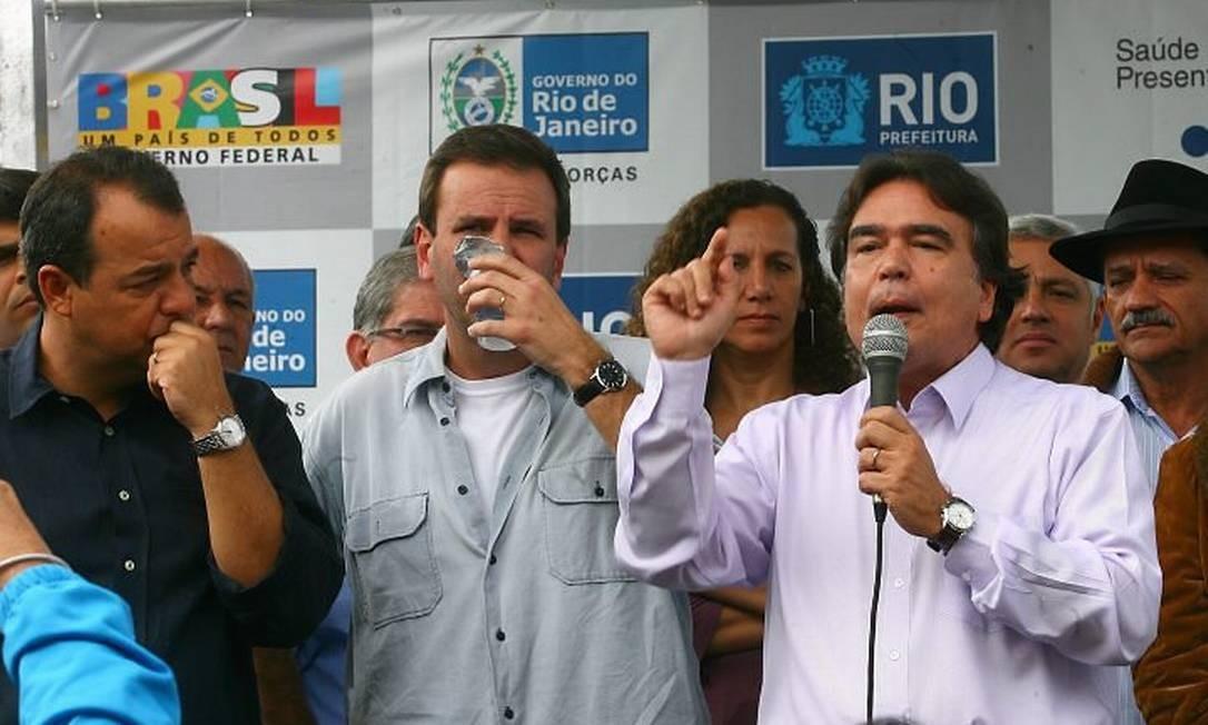 O governador Sérgio Cabral, o prefeito Eduardo Paes e o ministro da Saúde, José Gomes Temporão, participaram da inauguração da Clínica da Família Lenice Maria Monteiro Coelho