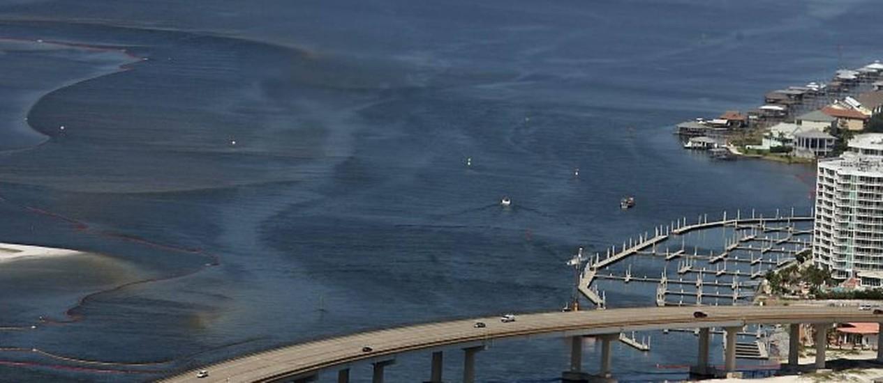 A mancha de óleo avançando em direção ao Alabama Foto: AP