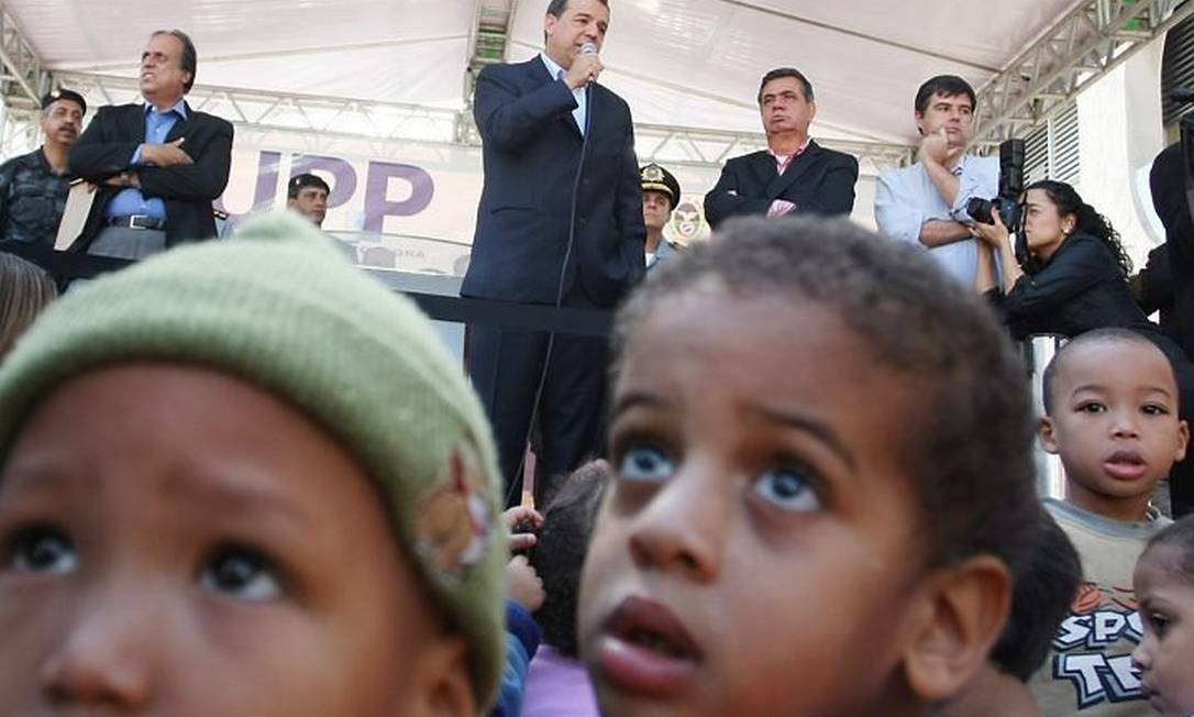 Cabral discursa durante inauguração da UPP do Morro do Borel. Foto: Márcia Foletto