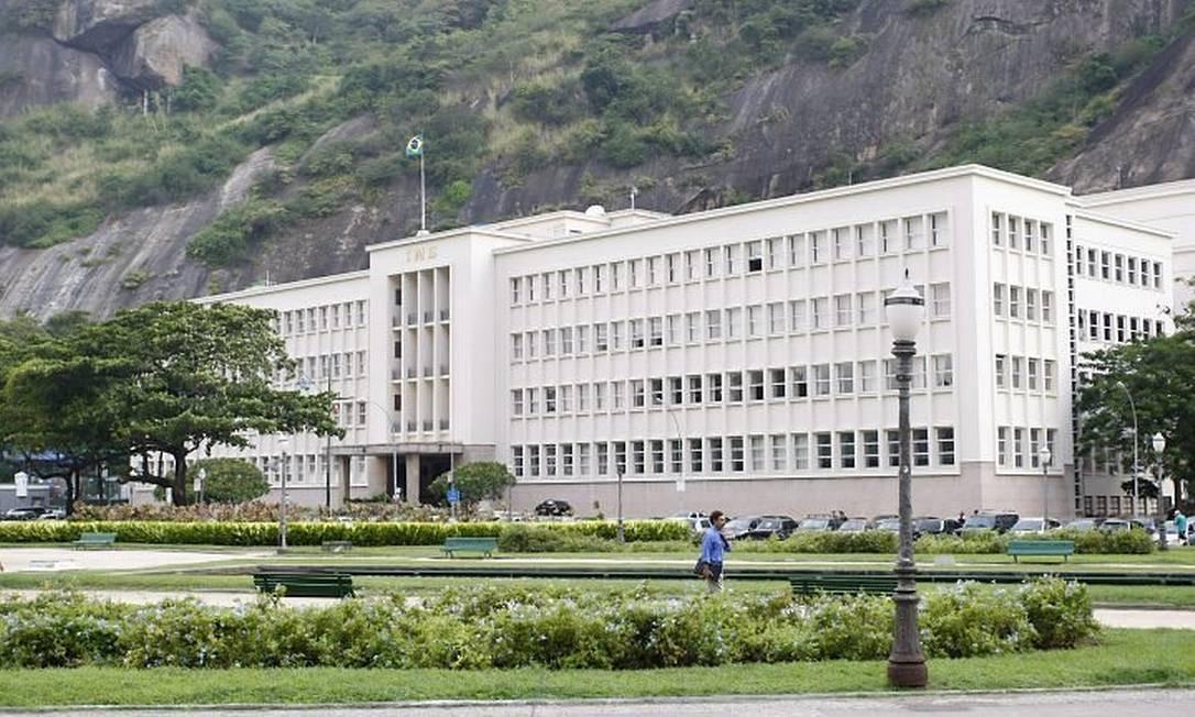 O PRÉDIO do Instituto Militar de Engenharia (IME), na Praia Vermelha, que está no centro de uma investigação sobre fraudes em licitações realizadas entre 2004 e 2006 Foto de Fábio Rossi - O Globo