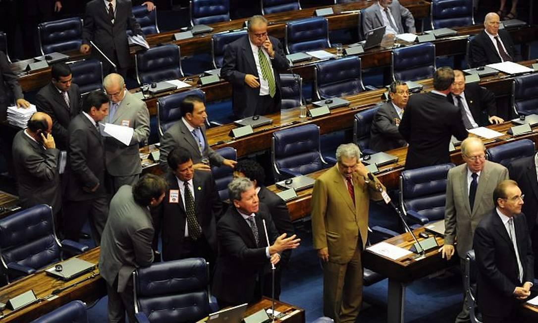 Senadores em Plenário para votar o projeto Ficha Limpa - Foto da Agência Brasil