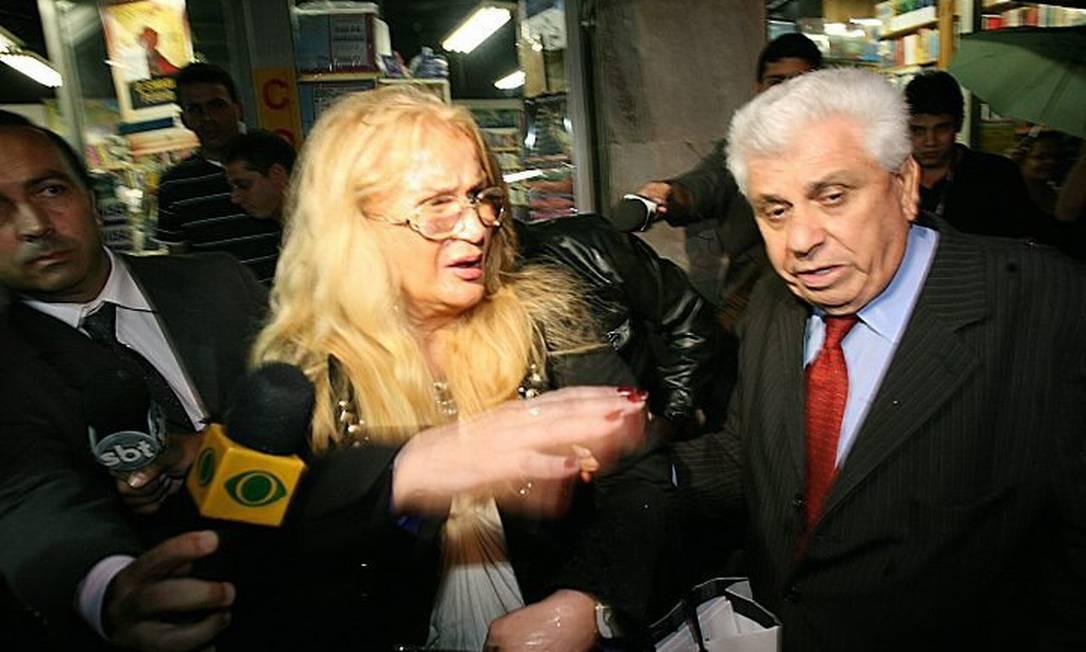 Procuradora sai da delegacia após prestar depoimento 29042010. Foto: Berg Silva