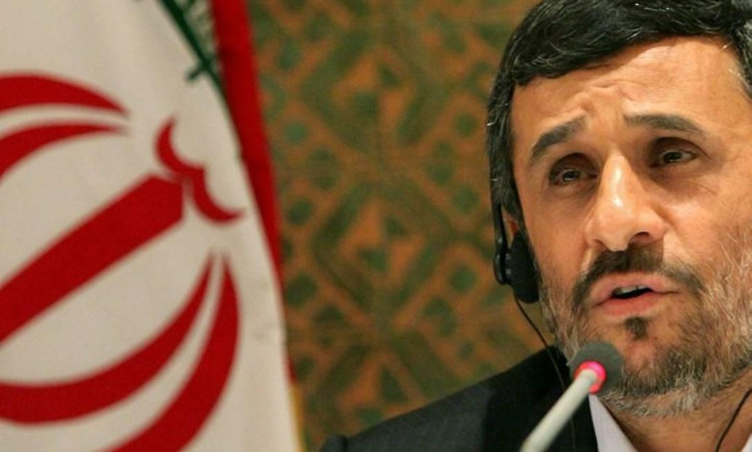 O presidente do Irã, Mahmoud Ahmadinejad, durante entrevista coletiva em Nova York, na terça-feira - AP