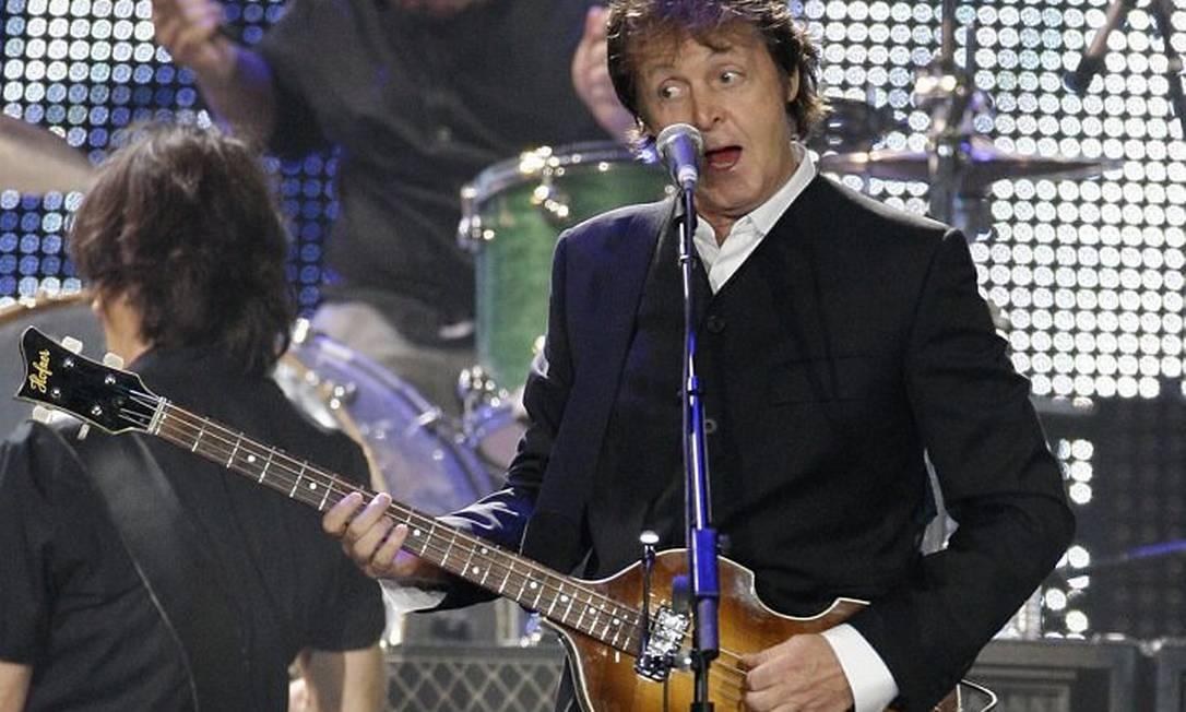 Paul McCartney canta no Citi Field, em Nova York. AP