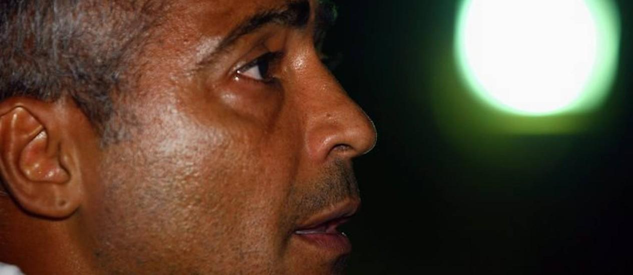 O Baixinho Romário durante a entrevista. O ex-craque confessou que já transou no vestiário do Maracanã - Cezar Loureiro